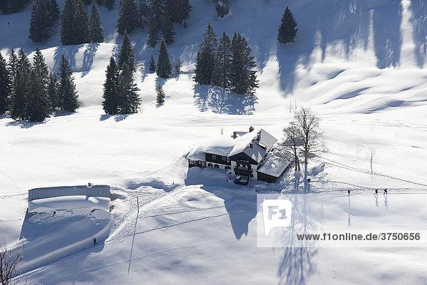 Bodenschneidhaus im Winter  Neuhaus  Bayern  Deutschland