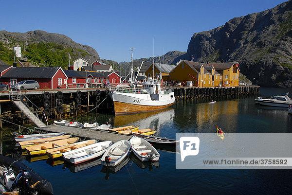 Boats in the picturesque harbour of Nusfjord  Lofoten Archipelago  Norway  Scandinavia