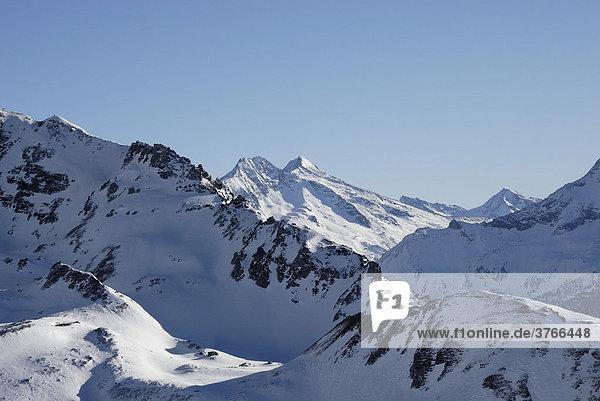 Von Gletscher abgehobelter Bergkamm in den Zillertaler Alpen