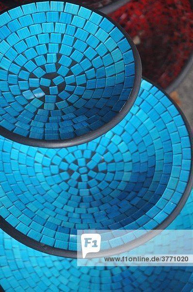 Kuta Beach (Bali  Indonesia): mosaic plates sold in a shop