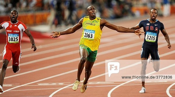 Usain Bolt of Jamaica celebrates his victory at the men´s 100m athletics event on August 16  2008 during the 2008 Beijing Olympics  China.