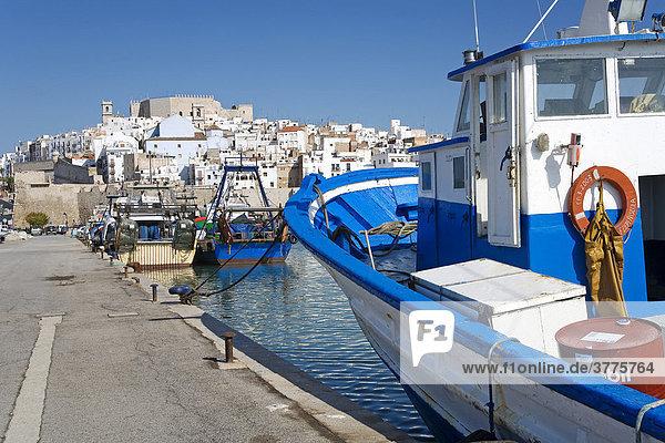 Fischerhafen von Peniscola  Costa Azahar  Spanien  Europa