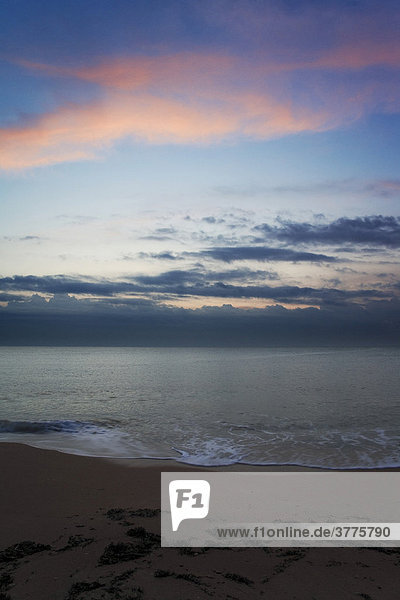 Morgenstimmung am Strand von Peniscola  Costa Azahar  Spanien  Europa