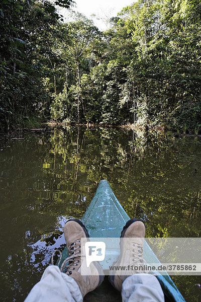 Kanufahrt auf Weiher im Regenwald  Laguna del Lagarto Lodge bei Boca Tapada  Costa Rica