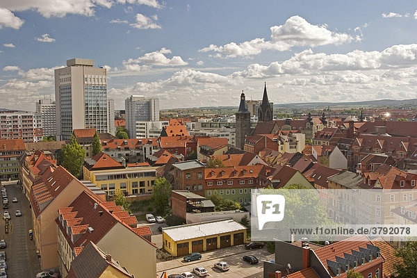 BRD Germany Thüringen Free State Thüringen Erfurt City of University Capital since 1990 Landmark of the 1250 Years old City is the Cathedral Hill with two Churches Arrangement Cathedral built 1154 to 1465 Severi Church built 1280 to 1335 View from Tower of the ägidien Church down to the City Erfurt with Cathedral