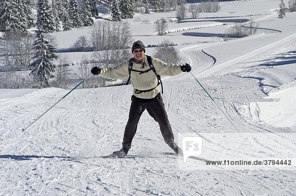 Skilangläufer Valepp beim Spitzingsee Oberbayern Deutschland