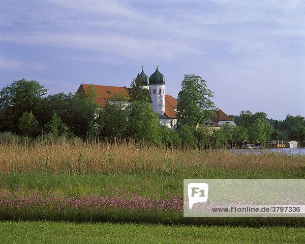 Deutschland Bayern Oberbayern Chiemgau Seeon Klosterseeon St. Lambert
