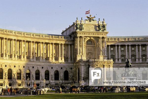 Heldenplatz und Neue Burg - Wien - Österreich