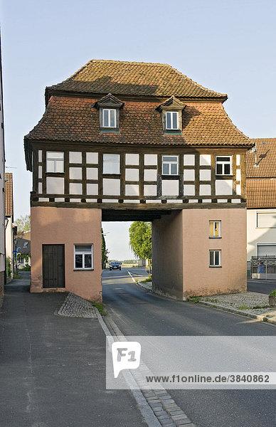 Stadttor in Uehlfeld  Neustadt an der Aisch  Mittelfranken  Bayern  Deutschland  Europa