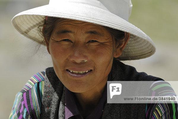 Tibetische Frau  Festung Yumbulagang  Yarlung-Tal  Tsetang  Tibet  China  Asien