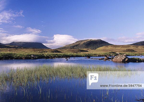Loch Na H'Achlaise  Rannoch Moor  Highlands  Schottland  Großbritannien  Europa