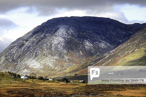 Maumturk Berge  Connemara  County Galway  Republik Irland  Europa