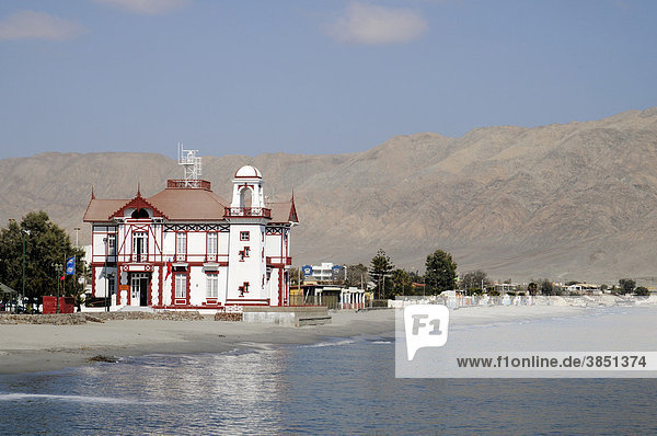 Armada de Chile  Marine  Militär  Hafenamt  Strand  Küste  Mejillones  kleiner Küstenort  Wüste  Antofagasta  Norte Grande  Nordchile  Chile  Südamerika