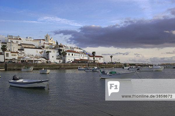Stadtansicht  Ferragudo  Algarve  Portugal  Europa