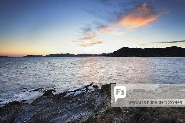 Sonnenuntergang an der Costa del Sud  Provinz Sulcis  Sardinien  Italien  Europa