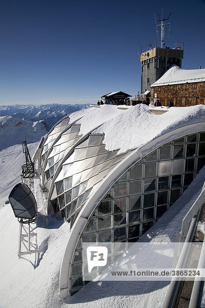 2962m  Alps  architecture  Bavaria  Bavarian  building  buildings  capped  chain  chains  covered  day  daylight  daytime  during  Europe  European  exterior  exteriors  Federal  forecast  FRG  German  Germany  Haus  hut  meteorology  metereological  meterological  modern  mountain  Mountain  mountained  mountainous  mountains  Muenchner  of  office  offices  outdoor  photo  photos  range  ranges  rangy  Republic  shot  shots  snow  snowy  Southern  station  stations  the  top  view  views  weather  winter  wintertime  wintery  wintry  Zugspitze