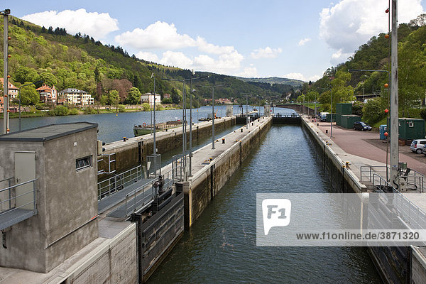 Baden  Baden-Wuerttemberg  bodies  body  day  daylight  daytime  during  Europe  European  exterior  exteriors  Federal  FRG  German  Germany  Heidelberg  lock  locks  look  look-out  look-outs  lookout  lookouts  Neckar  nobody  of  on  out  outdoor  outs  photo  photos  Republic  River  river  rivers  shot  shots  sluice  sluices  Southern  the  view  View  views  water  waters  Wuerttemberg