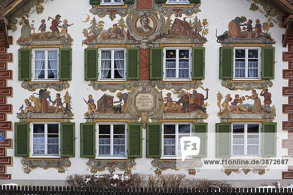 Abbildungen alt am architektur au en au enansicht for Traditionelles deutsches haus