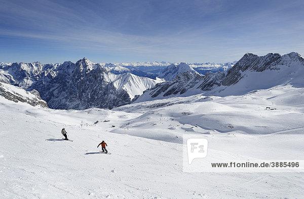 Terrain Park Zugspitze  Skigebiet Zugspitze  Wettersteingebirge  Werdenfels  Oberbayern  Bayern  Deutschland  Europa