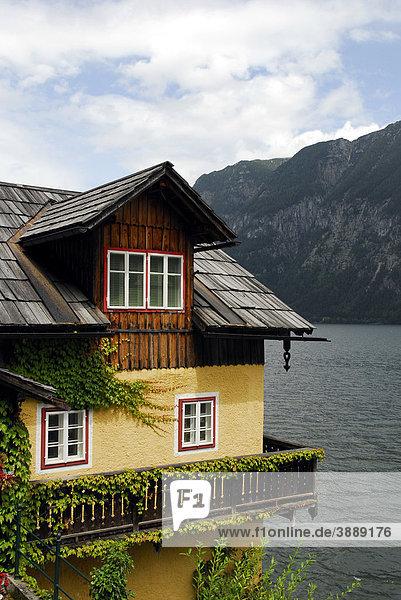 Haus am Hallstätter See  Hallstatt  UNESCO-Welterbe  Salzkammergut  Alpen  Oberösterreich  Österreich  Europa