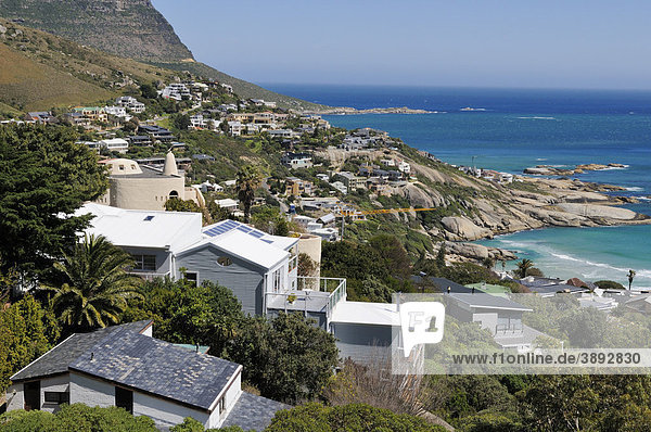 Houses in the Bay of Llandudno  Cape Town  Western Cape  South Africa  Africa
