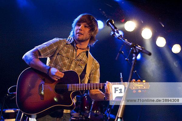 The U.S. singer and songwriter Josh Royse live in the Schueuer venue  Lucerne  Switzerland