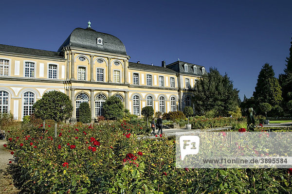 Poppelsdorfer Schloss  Botanischer Garten  Bonn  Nordrhein-Westfalen  Deutschland  Europa
