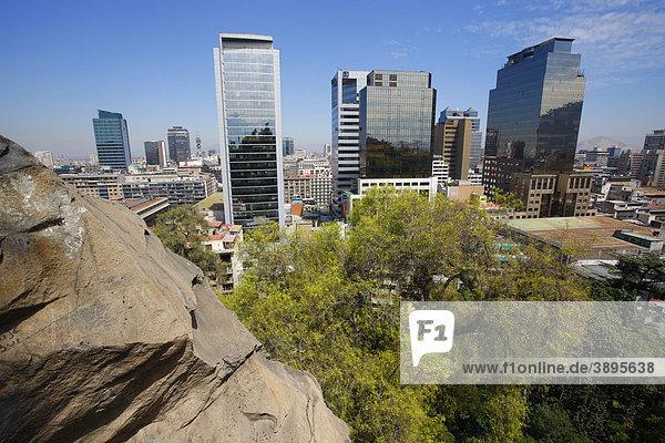 Blick auf Santiago de Chile  Chile  Südamerika