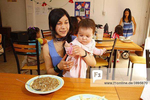 Minderjährige  alleinstehende Mutter  Frauenhaus  Santiago de Chile  Chile  Südamerika