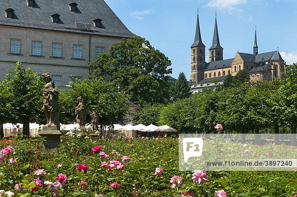 Garten der Residenz und Michaelskirche  Bamberg  Deutschland