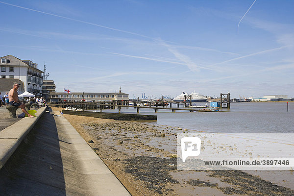 Riverside with Royal Terrace Pier and Tilbury  London  Cruise Terminal  Gravesend  Kent  England  United Kingdom  Europe