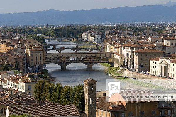 City panorama with the Ponte Vecchio bridge and Arno river  view from Mount all Croci  Florence  Tuscany  Italy  Europe