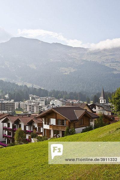 Blick auf Lenzerheide  Ortsansicht  Graubünden  Schweiz  Europa