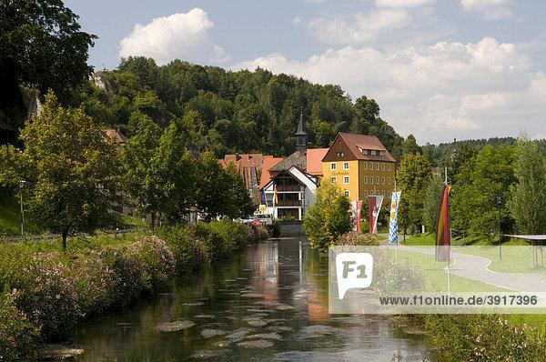 Stadtmühle am Fluss Wiesent  Waischenfeld  Wiesenttal  Fränkische Schweiz  Franken  Bayern  Deutschland  Europa