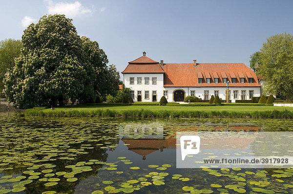 Schlossanlage Harkorten  Füchtorf  Sassenberg  Münsterland  Nordrhein-Westfalen  Deutschland  Europa