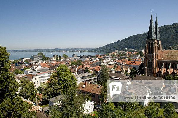 Ausblick vom Martinsturm auf Bregenz und Bodensee  Bregenz  Bodensee  Vorarlberg  Österreich  Europa