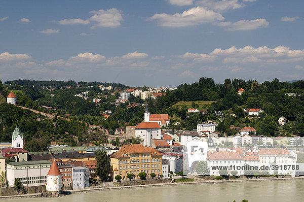 Ilzstadt mit Veste Niederhaus am Innufer  Passau  Bayerischer Wald  Bayern  Deutschland  Europa