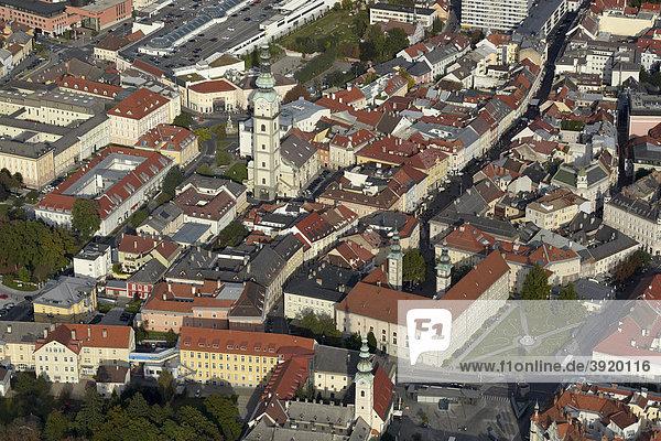 Luftaufnahme Klagenfurt Innenstadt  Landhaus  Dom  Kärnten  Österreich  Europa