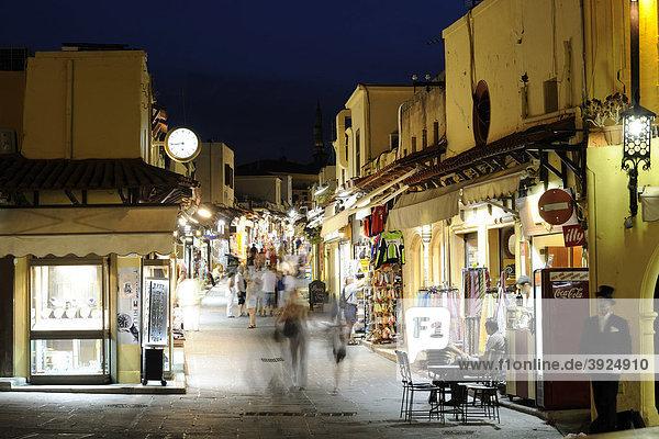 Einkaufsstraße Odus Sokratous  Platia Ippokratou  Rhodos Stadt  Rhodos  Griechenland  Europa
