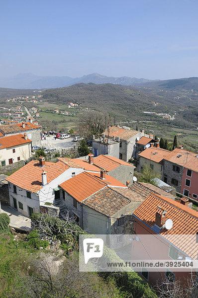 Blick vom Glockenturm in Labin  Kroatien  Europa