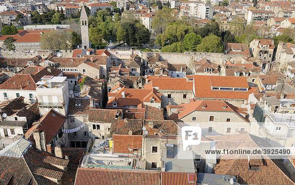 Blick nach Norden vom Campanile der Kathedrale von Split  Kroatien  Europa