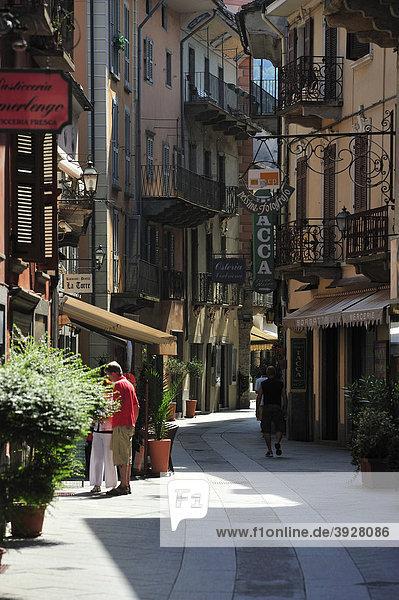 Altstadt Fußgängerzone  Domodossola  Lago Maggiore  Piemont  Italien  Europa