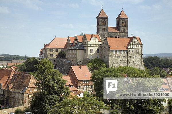 Quedlinburger Schloss  Stiftskirche St. Servatius und Schlossberg  Quedlinburg  Sachsen-Anhalt  Deutschland  Europa