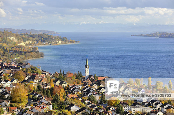 View over the town Sipplingen on Lake Constance  Bodenseekreis cistrict  Baden-Wuerttemberg  Germany  Europe