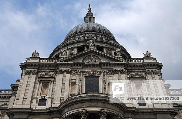 St. Paul's Kathedrale  Detail  St. Paul's Church Yard  London  England  Großbritannien  Europa