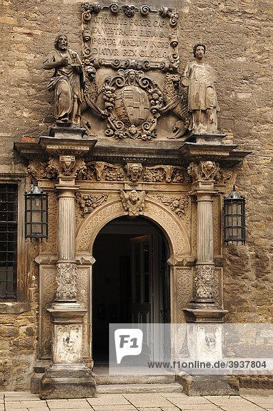 Eingangsportal zum Merseburger Schloss  um 1470  Domplatz 7  Merseburg  Sachsen-Anhalt  Deutschland  Europa