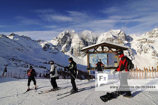 Skigebiet Schlick 2000  Stubaital  Österreich  Europa