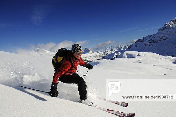 Skitour  Großer Jaufen  Drei Zinnen  Pragser Tal  Hochpustertal  Südtirol  Italien  Europa