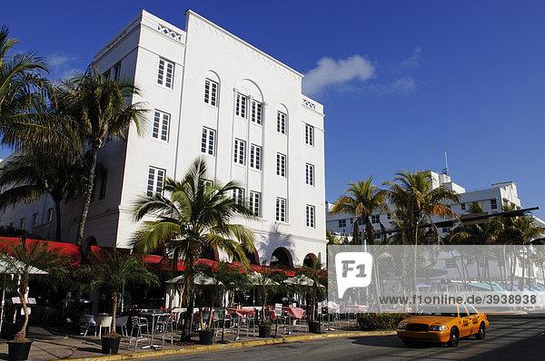 Ocean Drive  Miami South Beach  Art Deco District  Florida  USA