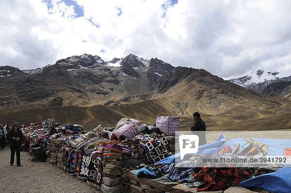 Market  provincial border Cusco - Puno  Peru  South America  Latin America